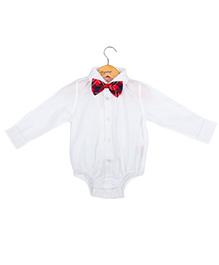 Hugsntugs Shirt Style Onesie With Polka Dot Bow - White