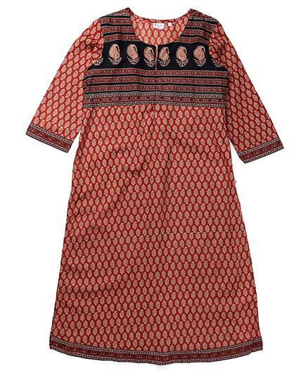 Kriti Three Fourth Sleeves Maternity Kurta - Maroon