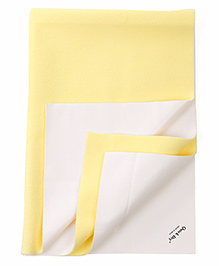 Quick Dry Bed Protector Mat Medium - Yellow