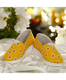 D'chica Closed Toe Slip On Canvas Shoes For Girls - Yellow