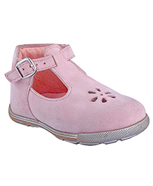 Beanz Casual Shoes Floral Cut Work Design - Light Pink
