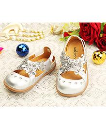 Walktrendy By Walkinlifestyle Shimmer Metalic Flower Slip On Shoes - Silver