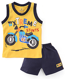 Child World Sleeveless T-Shirt And Shorts Set Xtreme Print - Yellow
