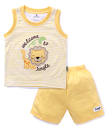 Child World Sleeveless T-Shirts And Shorts Set Lion Patch - Yellow