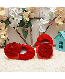 D'chica Stylish Flower Applique Booties - Red