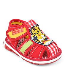 Cute Walk by Babyhug Sandals Cartoon Patch - Red