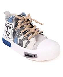 Cute Walk by Babyhug Canvas Shoes - Blue White
