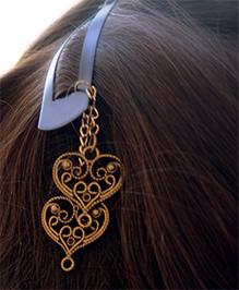 Pretty Ponytails Ornate Hearts Tassel Hair Clip - Gold