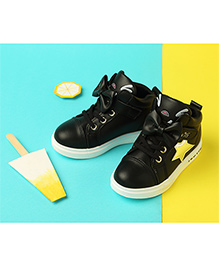 LCL By Walkinlifestyle Sneakers With Bow Applique - Black