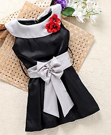 Shu Sam & Smith Fit N Flare Dress With Contrast Belt & A Rose Applique Neck Line - Black