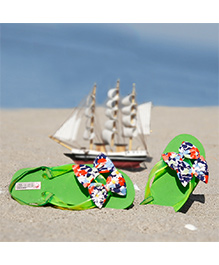 D'chica  Bow Applique Flip Flops - Green