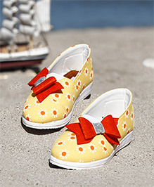D'chica  Floral Printed Closed Toe Shoes With Bow Applique - Yellow & Red