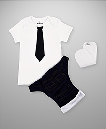 BumChum Diaper Cover With Waterproof Insert And T-Shirt - White
