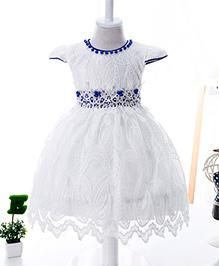 Wonderland Pearl & Laced Dress - White