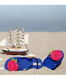 D'chica Rose Applique Flip Flops - Blue