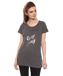 Goldstroms Long Maternity Top With Vertical Zipper Only Play Print - Grey