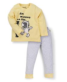 Tiny Bee Half Sleeve Tee Cuff Pajama Set - Yellow
