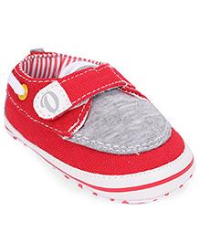 Cute Walk by Babyhug Booties Velcro Closure - Red