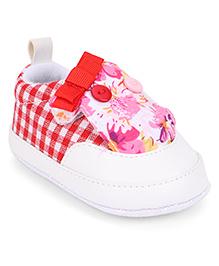 Cute Walk by Babyhug Booties Checks & Floral Pattern - Red