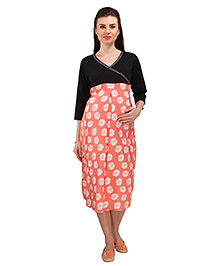 MomToBe Three Fourth Sleeves Maternity Dress Floral Print - Black & Peach