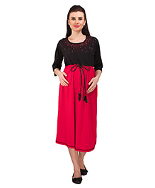 MomToBe Three Fourth Sleeves Maternity Dress - Black & Red