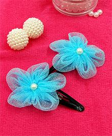 Magic Needles Fancy Triangular Tic Tac Hair Clips With Net Flower - Light Blue