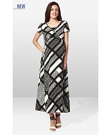 Nine Maternity Printed Dress - Black White