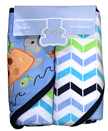 Owen Hooded Towel With Wash Cloth