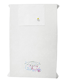Baby Rap Duck In The Rain Design Crib Sheet With Pillow Cover - White