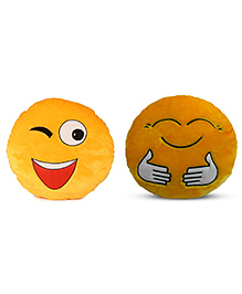 Deals India Wink And Hugging Smiley Cushion Set Of 2 - Yellow