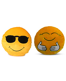 Deals India Cool Dude And Hugging Smiley Cusion Set Of 2 - Yellow