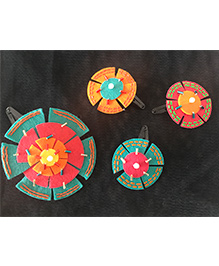 Kalacaree Rangoli Design Set Of 4 Hair Clips - Multicolour