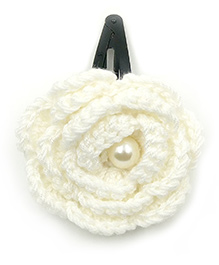 Magic Needles Tic Tac Hair Clips With Big Crochet Rose - White