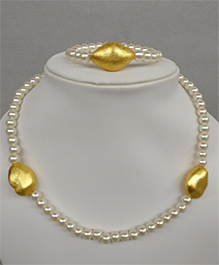 Tiny Closet  Pearl And Beads Necklace & Bracelet Set - Gold & White