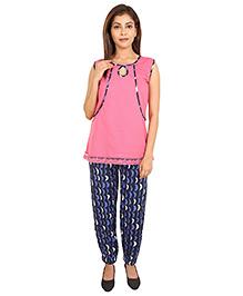 9teenAgain Maternity Nursing Top And Pajama - Pink Blue