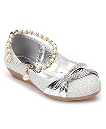 Cute Walk by Babyhug Belly Shoes Pearl Detailing - Silver