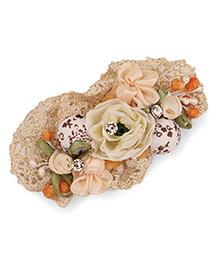 Treasure Trove Flowers Hair Clip - White