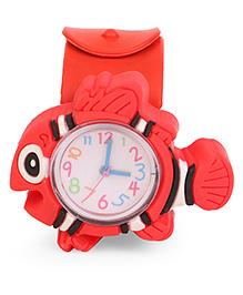 Analog Wrist Watch Fish Shape Dial - Red