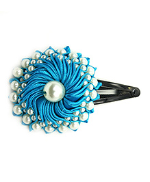Magic Needles Ethnic Pearl Tic Tac Clips - Light Blue