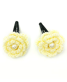 Magic Needles Tic Tac Hair Clips With Glitter Flowers - Yellow