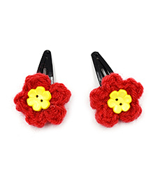 Magic Needles Crochet Flowers & Button Tic Tac Hair Clips - Red