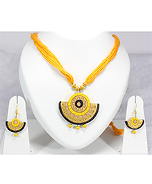 Pihoo Necklace & Earrings - Yellow & Golden