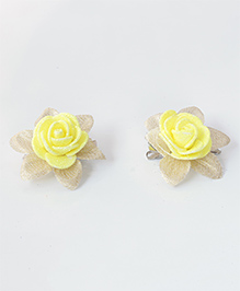 Milyra Flower Design Hair Clips - Yellow & Golden
