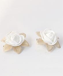 Milyra Flower Design Hair Clips - White & Golden