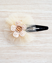 Pretty Ponytails Ethnic Fusion Flower Hair Clip - Off White & Beige