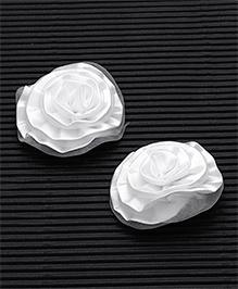 Babyhug Alligator Hair Clip Rose Shape Pack Of 2 - White