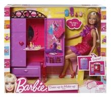 Barbie Dress up to Make up Closet