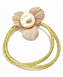 Aayera'S Nest Flower And Pearl Rubber Band - Golden