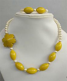 Tiny Closet Pearl Necklace & Bracelet Set - Mustard Yellow