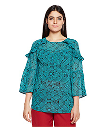 Oxolloxo Three Fourth Sleeves Maternity Top Mosaic Print - Green